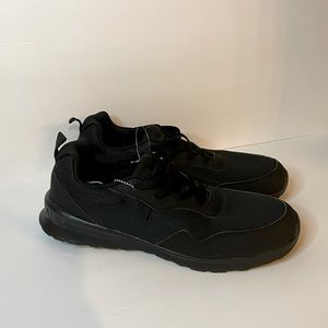 New DC Black Sneakers SZ 9